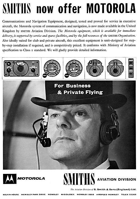 Smiths Aircraft Instruments & Flight Systems. Motorola Nav/COM